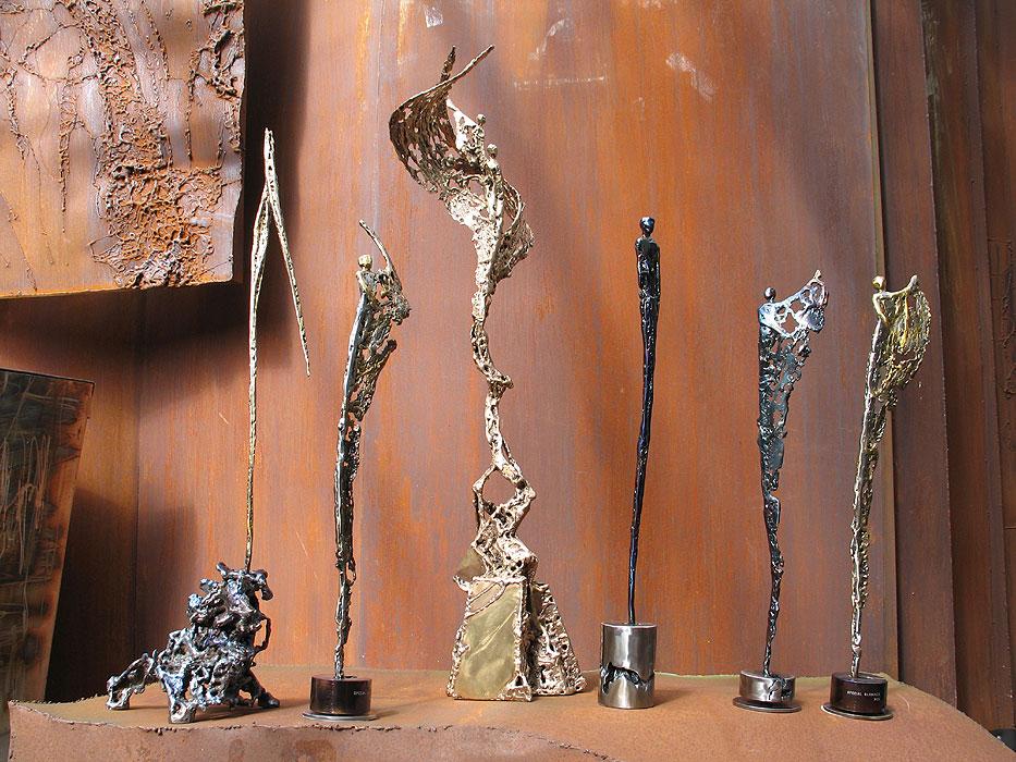figurative skulpturen direkt vom metall k nstler kaufen gahr. Black Bedroom Furniture Sets. Home Design Ideas