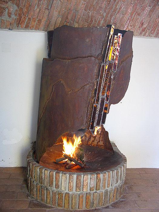 fireplace mantels fireplace sculpture gahr. Black Bedroom Furniture Sets. Home Design Ideas